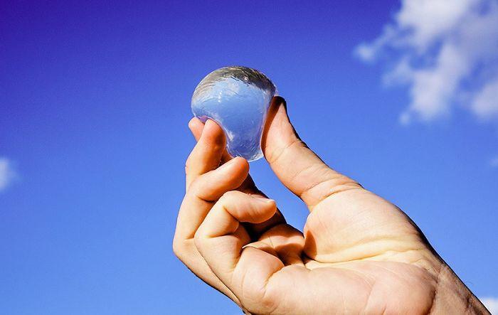 Bolhas de água poderão substituir garrafas deágua