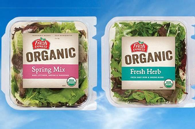 Empresa faz recall de salada vendida no Walmart após morcegomorto