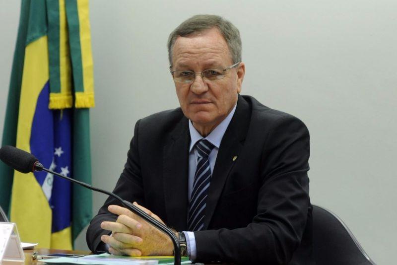 O Deputado Valdir Colatto, além de querer liberar caça no Brasil, quer acabar com lista de espécies de animaisameaçadas