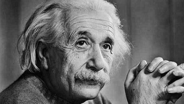 """Einstein: """"O vegetarianismo tem um efeito tão benéfico no temperamento humano que é capaz de influenciar o destino dahumanidade"""""""