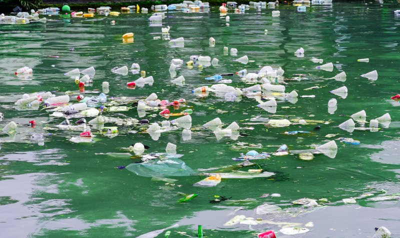 Rios asiáticos enviam mais plástico para o mar do que todos os outros rios do mundojuntos